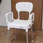 stolička do sprchy